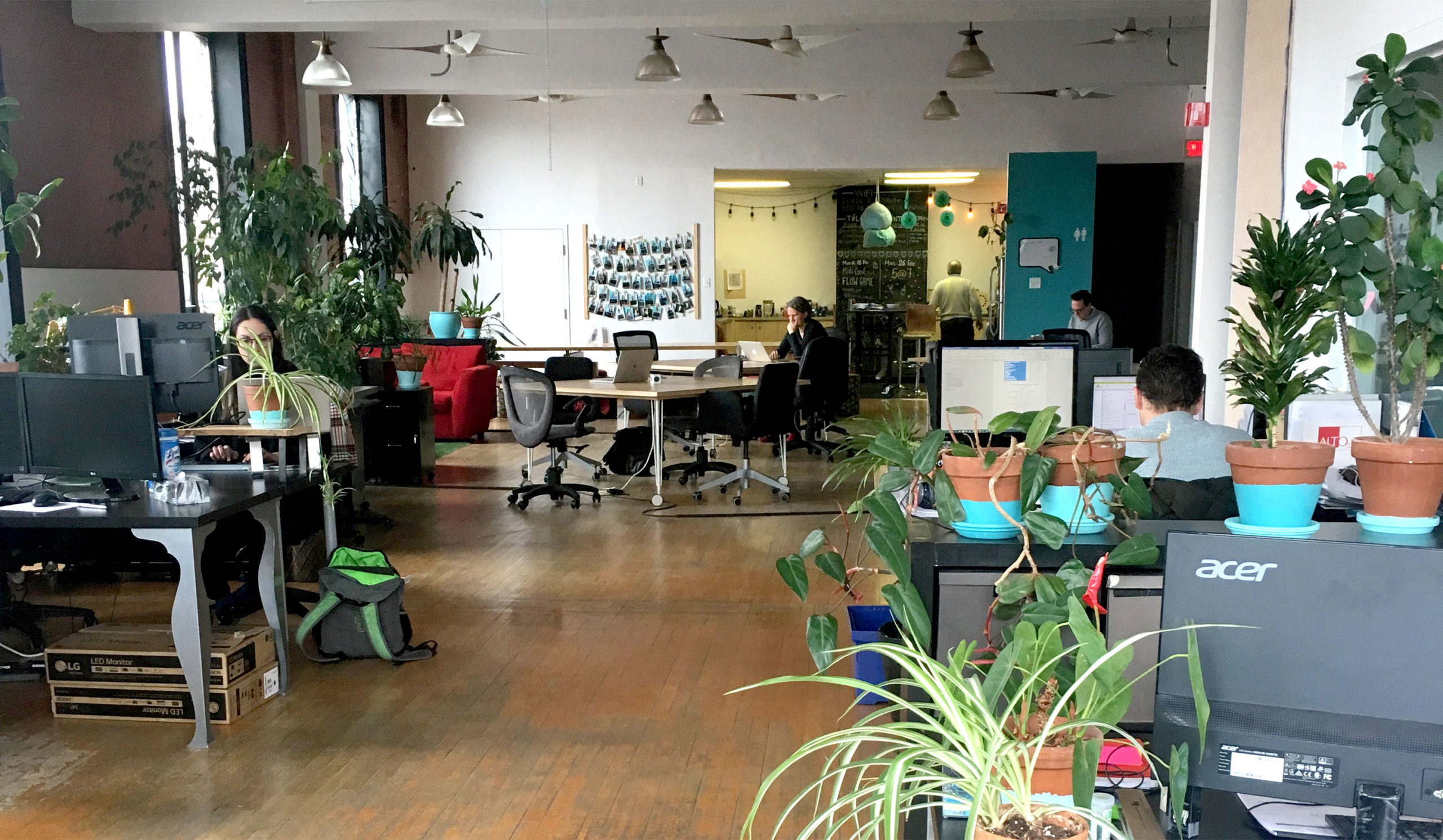 bureaux-flexibles-2-ecto-espace-de-coworking-collaboratif-montreal